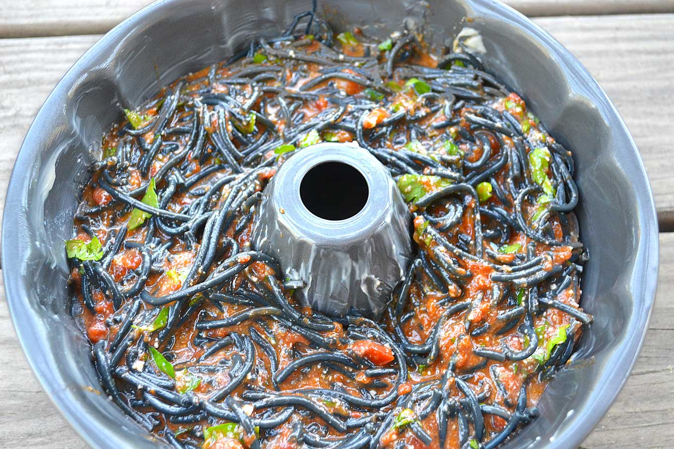 squid ink spaghetti bundt cake | rusticplate.com