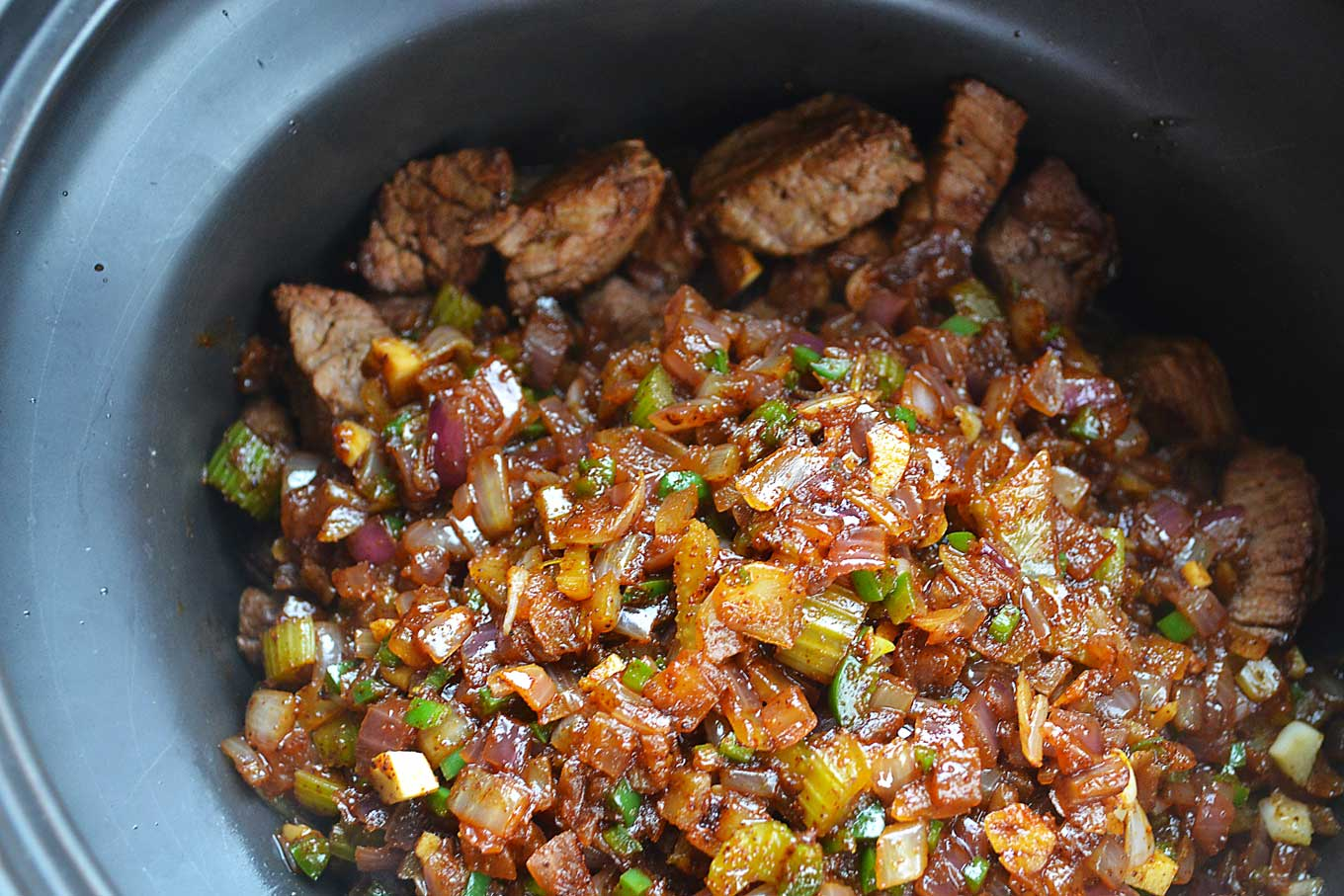 steak chili with butternut squash & dark chocolate | rusticplate.com