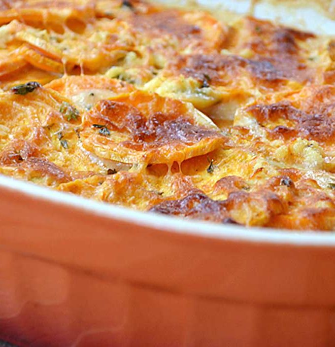 baked sweet potatoes with thyme & garlic