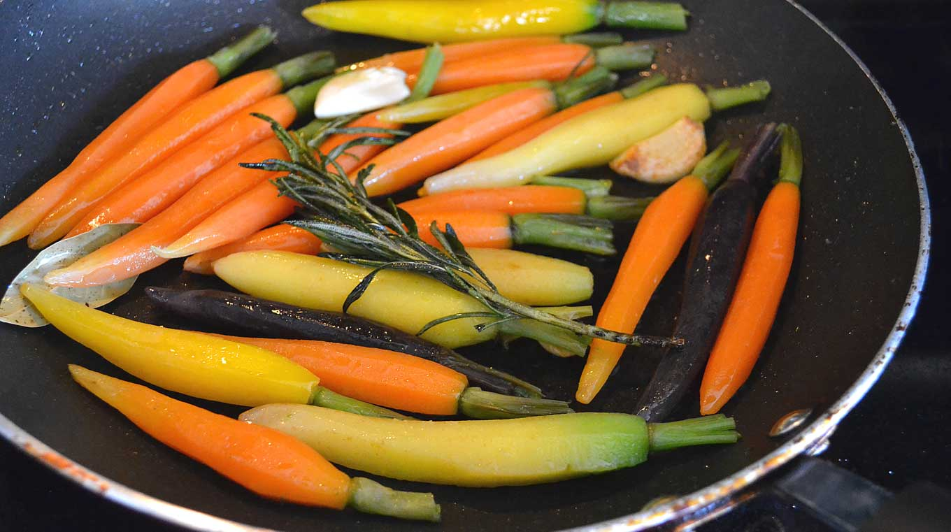 maple syrup & rosemary carrots | rusticplate.com
