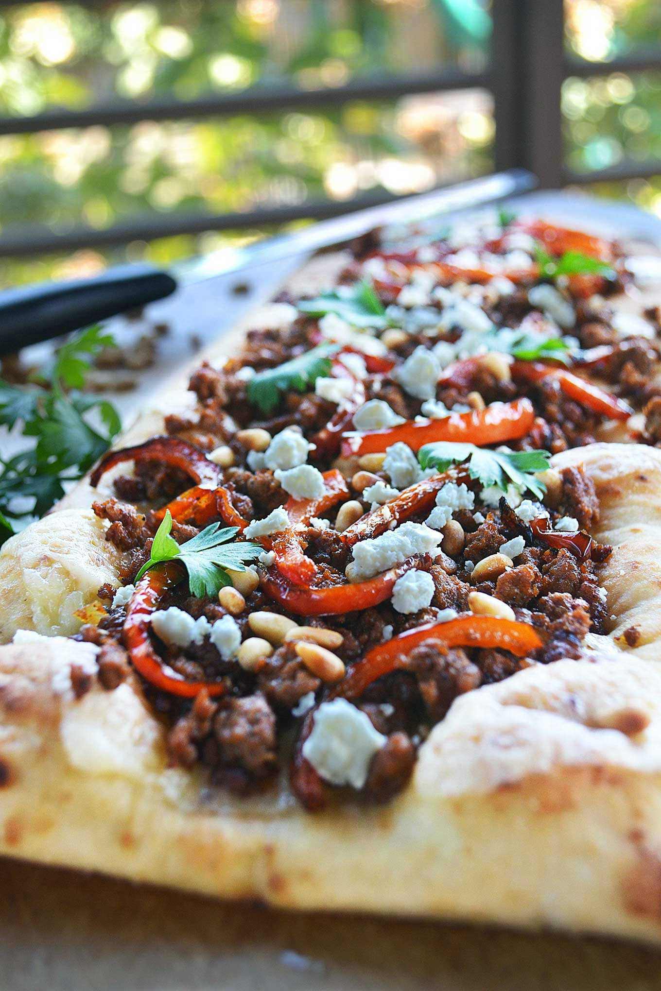 spiced lamb flatbread | rusticplate.com