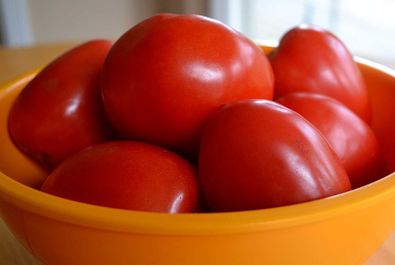 how-to-peel-&-prep-tomatoes-for-cooking