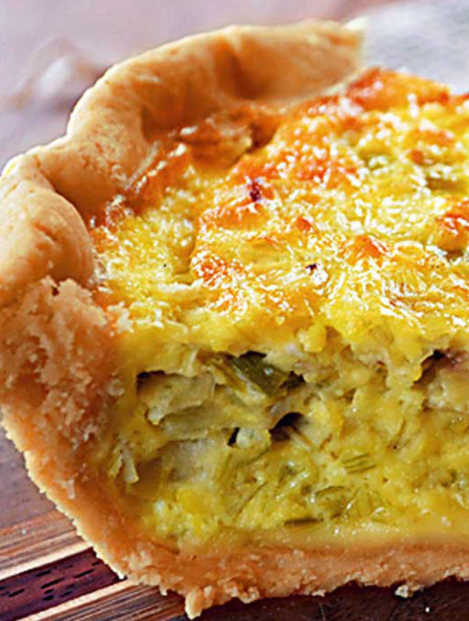 leek & emmental cheese quiche