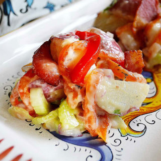 roasted red pepper & bacon potato salad | rusticplate.com